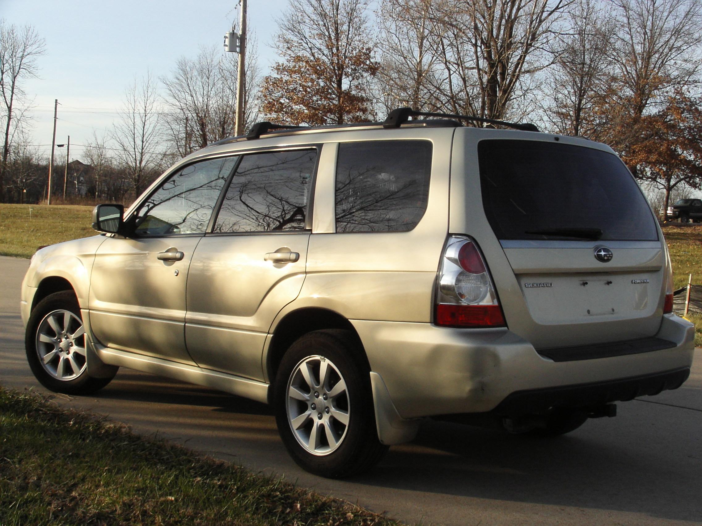 2006 Subaru Forester Premium - CoMoMotors