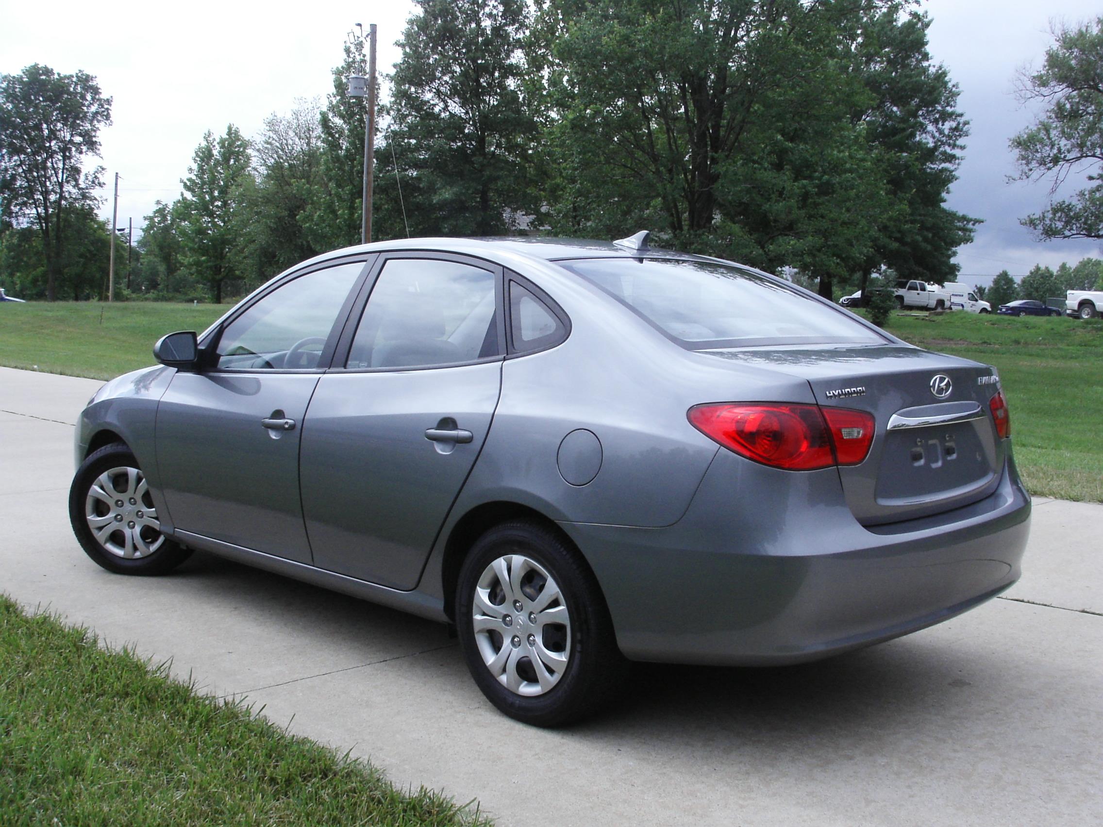 2010 Hyundai Elantra Blue - CoMoMotors